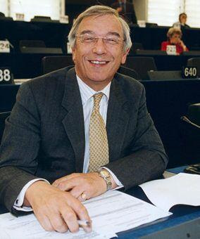 Bill Newton Dunn MEP in the European Parliament